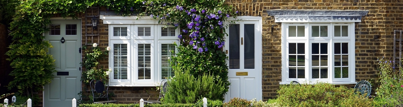 Specialists in windows & doors replacement and repair - Domestic and commercial